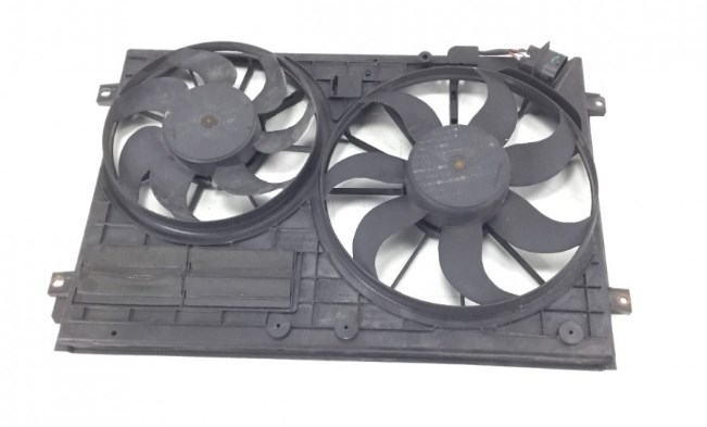 FAN MOTOR ÇERÇEVESI CADDY-GOLF 5-JETTA-PASSAT-TOURAN 1K0121205AD - Oem No: 1K0121207AA